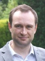 Dr Simon Kelly